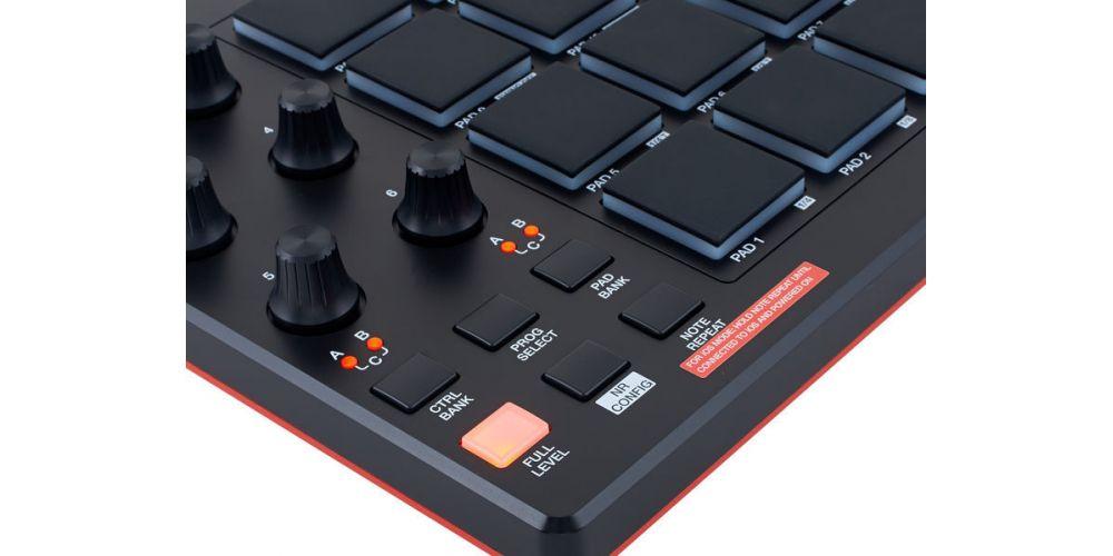 AKAI MPD 218 CONTROLADOR USB