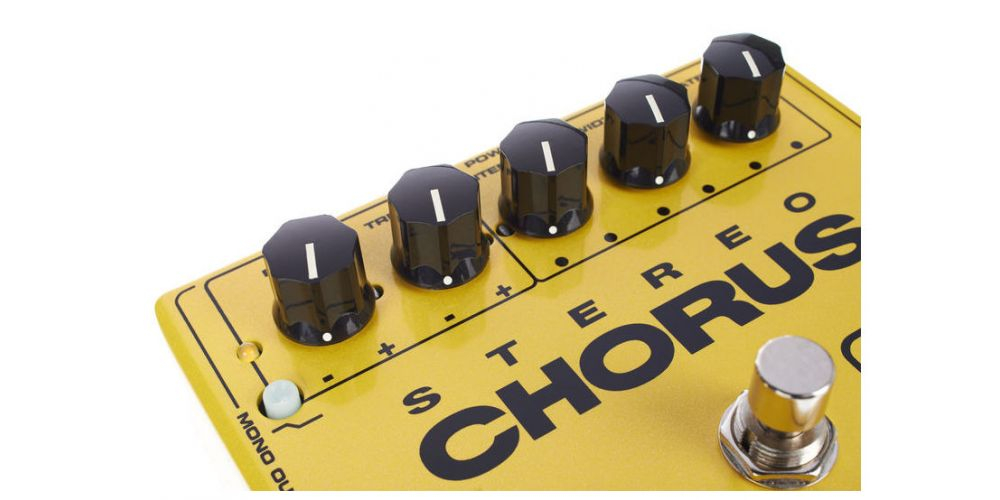 dunlop mxr m134 stereo chorus knob