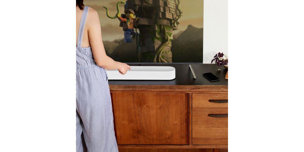 sonos Beam La barra desonido inteligente para tu tele Sonos white montado en casa blanco
