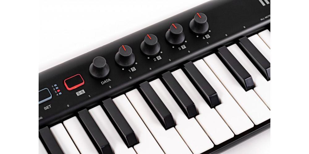 teclado controlador Ik Multimedia iRig Keys 2 con usb