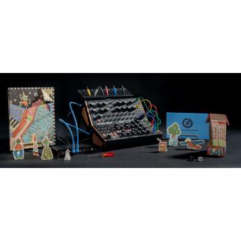 Moog Sound Studio Subharmonicon + DFAM
