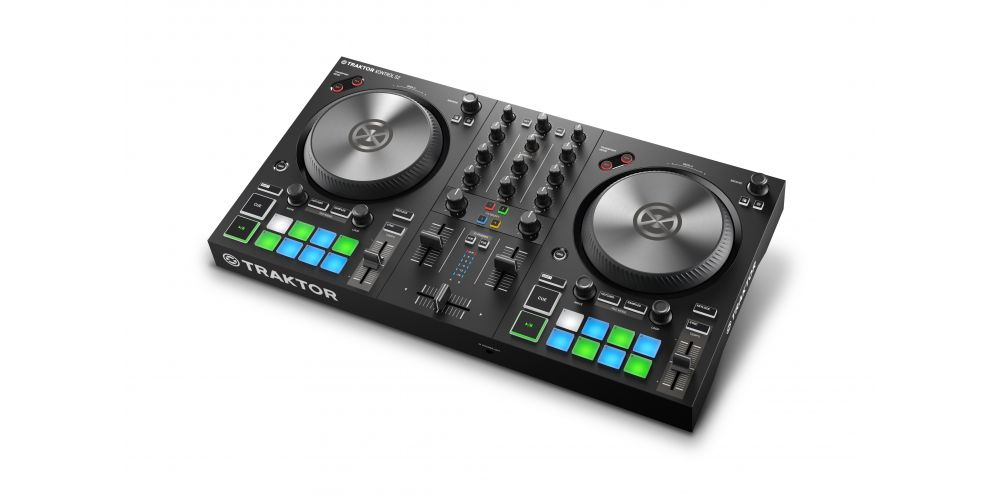 TRAKTOR KONTROL S2 MK3 1 on white