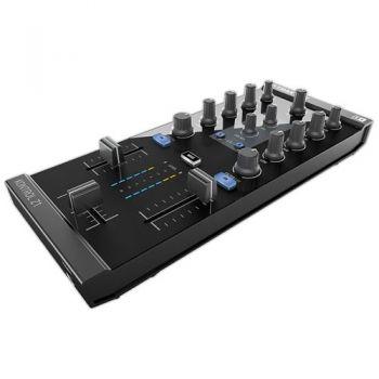TRAKTOR KONTROL Z1 Native Instruments controlador Dj