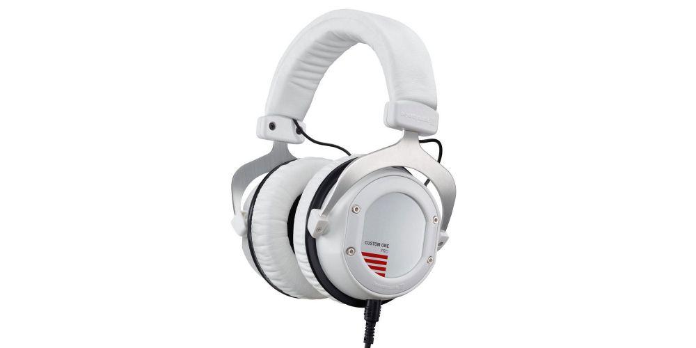 Beyerdynamics custom one plus white