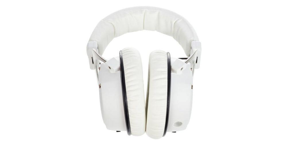 beyer dynamics custom one pro plus white