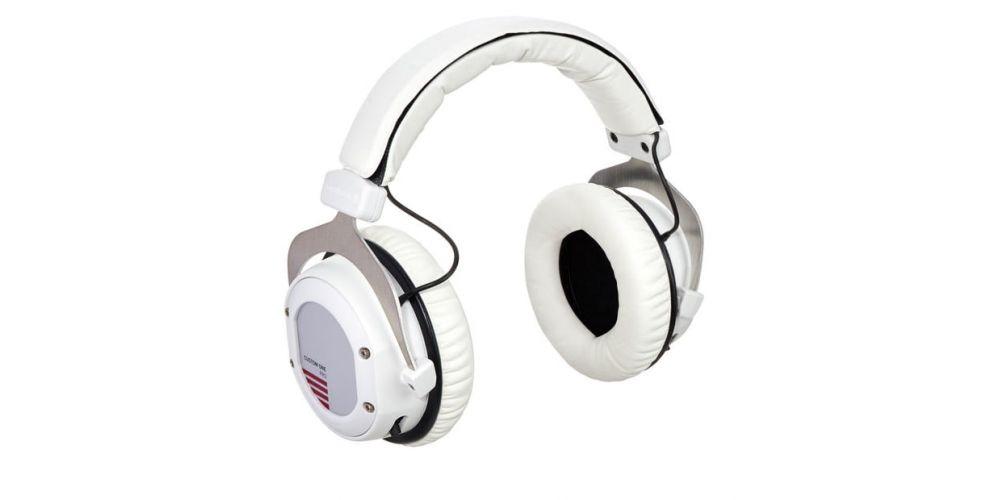 custom one pro plus white auriculares