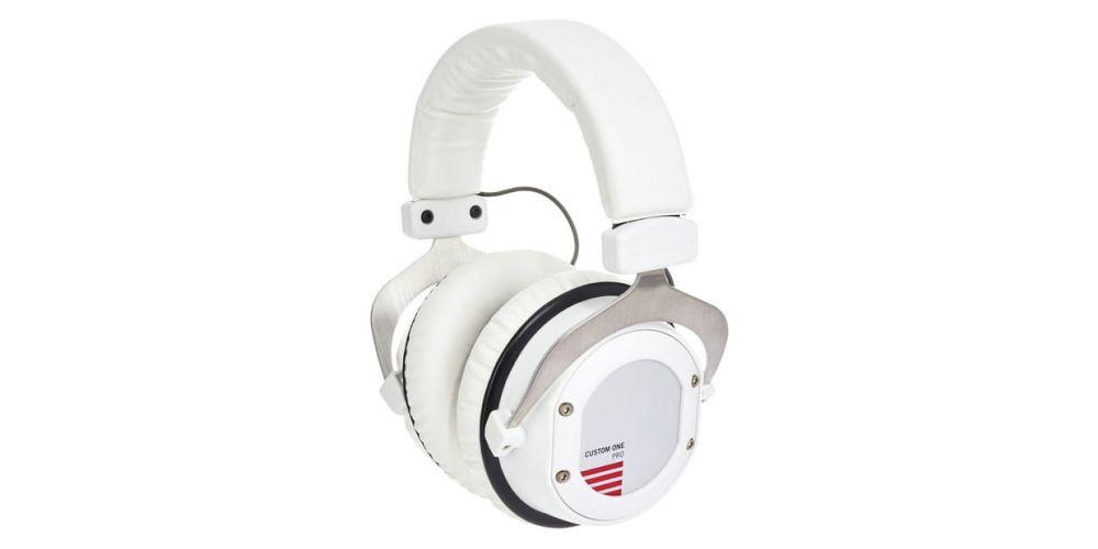 custom one pro plus white auriculares pro
