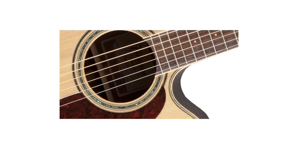 TAKAMINE GN71CE NAT FRONT