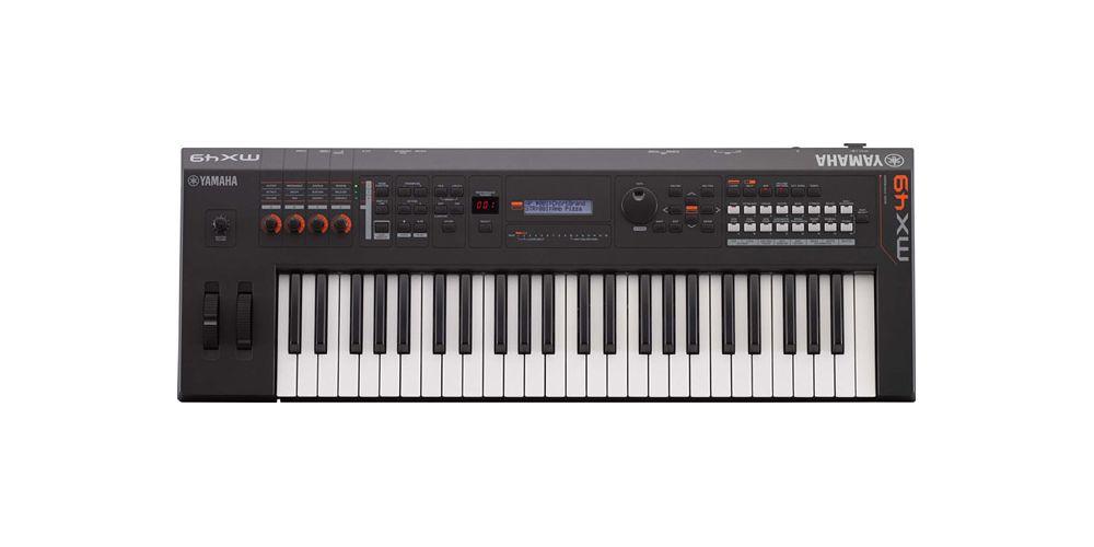 Comprar Yamaha MX49 BK