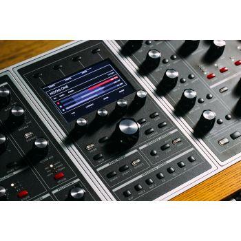 Sintetizador Moog One 16 voces