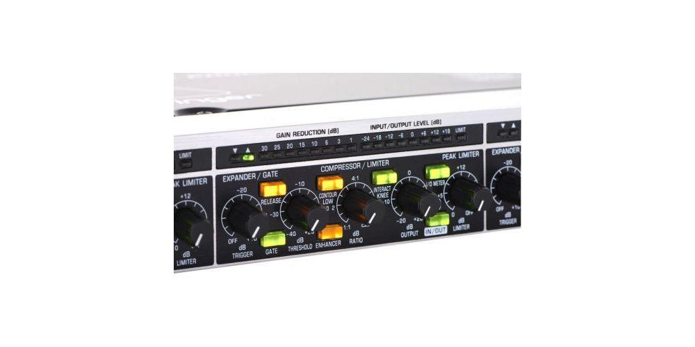 BEHRINGER MDX4600 CONTROLADORES