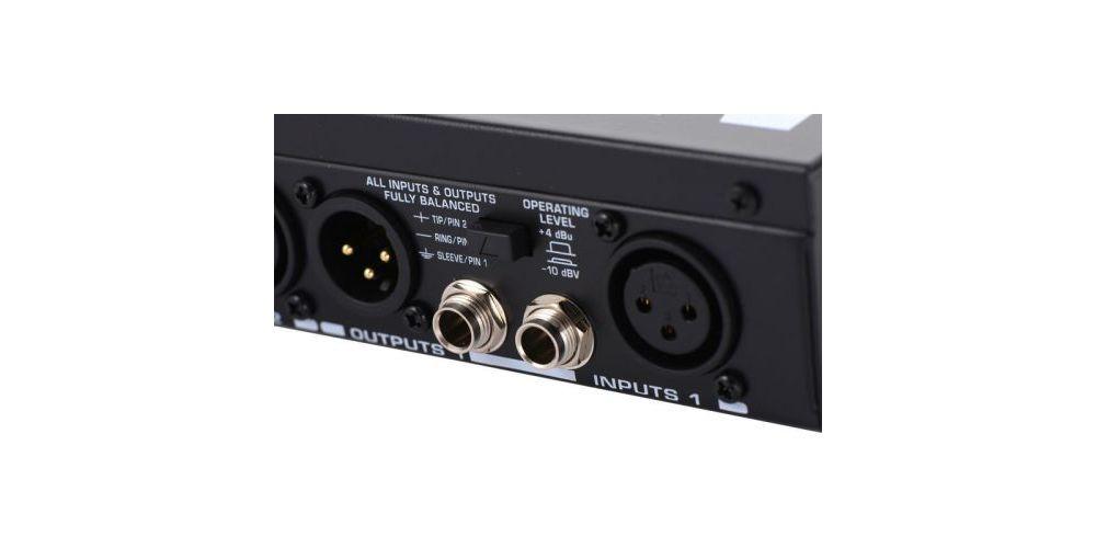BEHRINGER MDX4600 Compresor Limitador Behringer MDX-4600 Und.