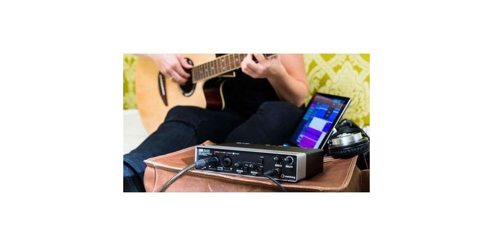 Steinberg UR242 USB Interface de Audio MIDI