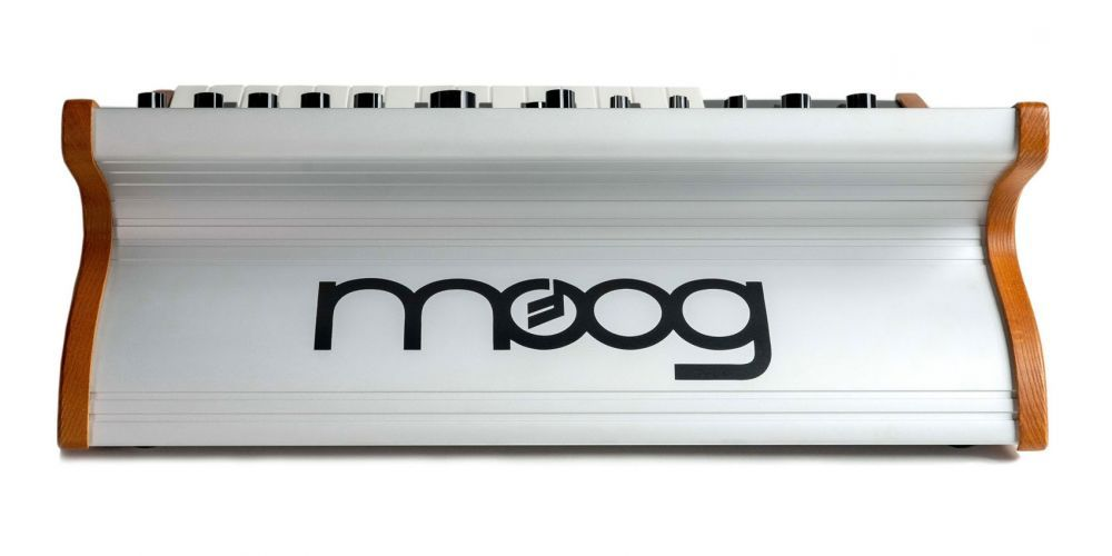 moog subsequent 25 trasera