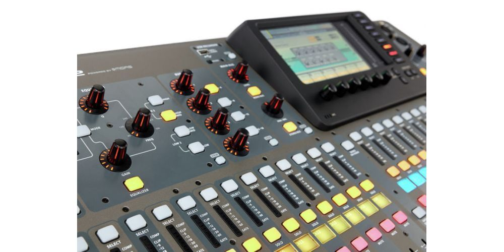 behringer x32 dysplay
