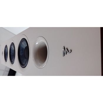 FOCAL CHORA 826 Walnut Light Pareja altavoces de Suelo Roble Claro