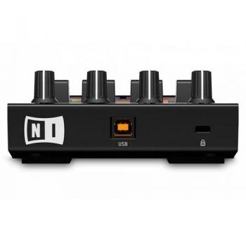 TRAKTOR KONTROL F1 Native Instruments controlador Dj