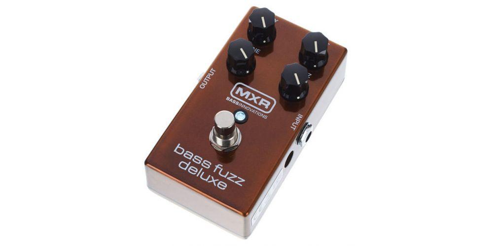 dunlop mxr m84 bass fuzz deluxe