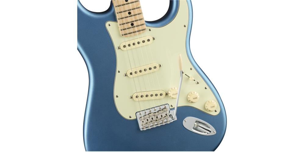 Fender AM PERF STRAT MN SATIN LBP tremolo