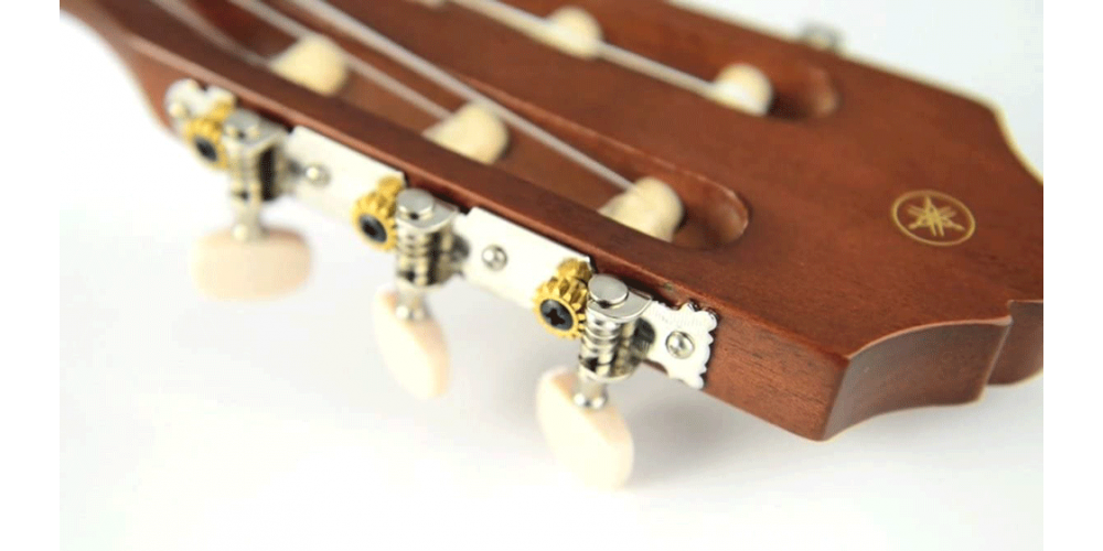 YAMAHA C40 PACKAGE STD Pack Guitarra Clasica C40 Afinador YTC5  Funda png