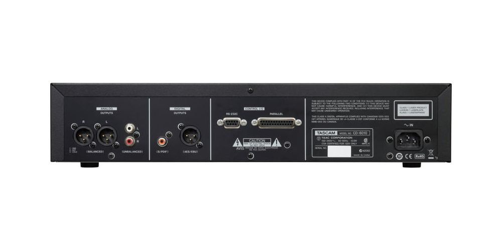 trasera Tascam CD 6010