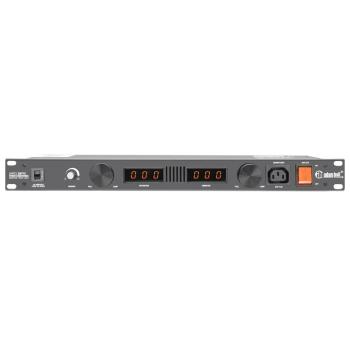Adam Hall PCL 10 PRO Distribuidor de corriente con protección