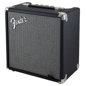 Fender Rumble 15 ( DEFECTO ESTETICO )