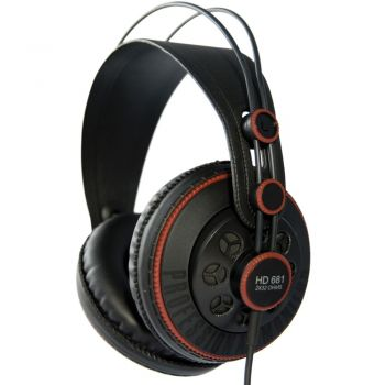 Superlux HD681 Auricular Estudio