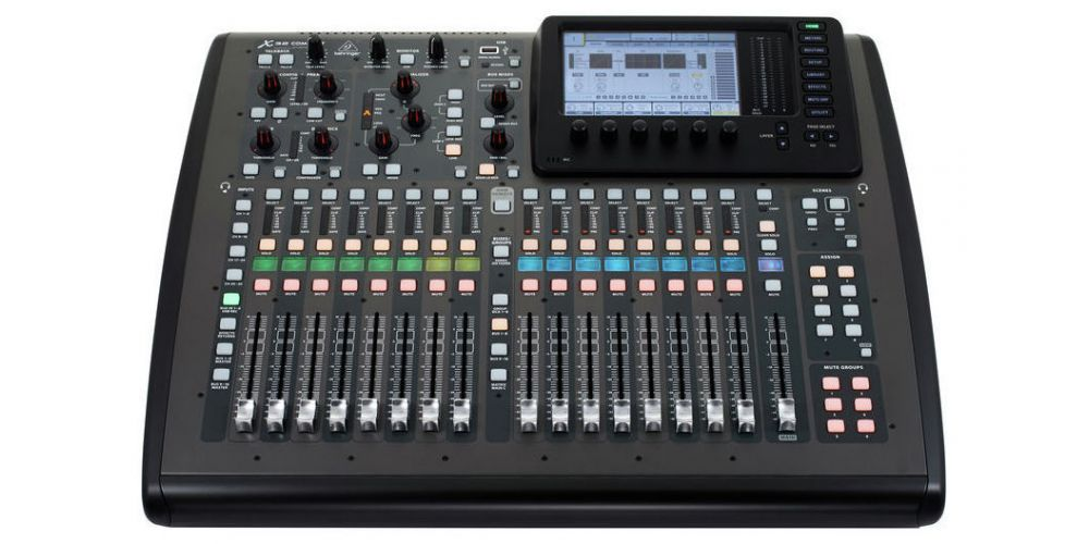 BEHRINGER X32 COMPACT FRONT