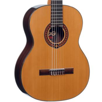 LAG OC300 Guitarra Clasica Occitania Natural Cedro