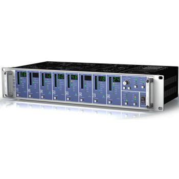 RME DMC-842 Interfaz de 8 canales AES42 y controlador para micrófonos digitales
