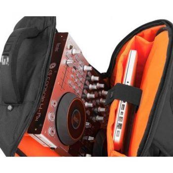 UDG U9102BL/OR Ultimate BackPack Black/Orange