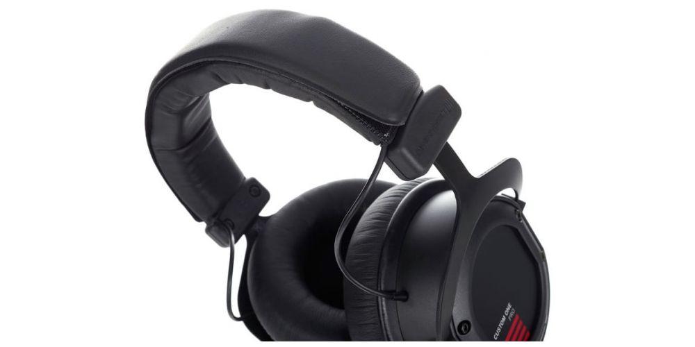 Beyerdynamics custom one pro plus black auriculares dinamicos cerrados
