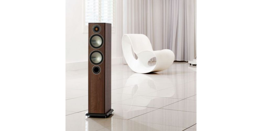 MONITOR AUDIO BRONZE 5 walnut front
