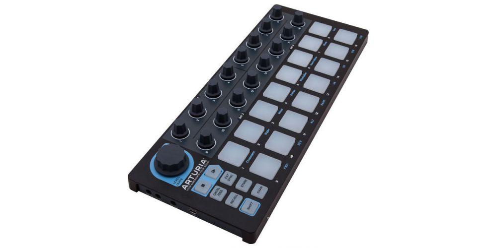 ARTURIA BEATSTEP Black Edition Controlador con Pads