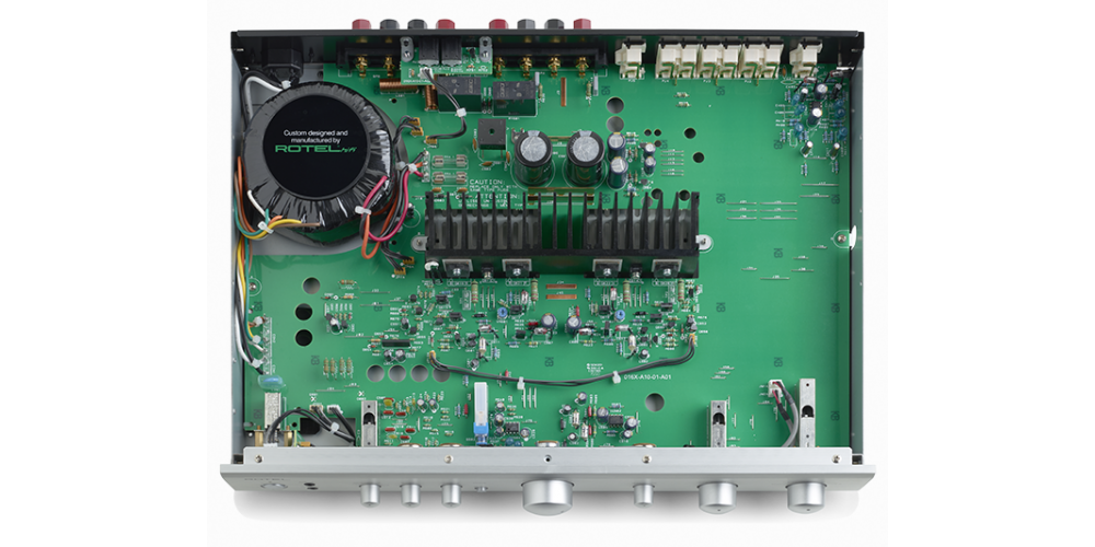 ROTEL A10BK amplificador 40w componentes fabricacion