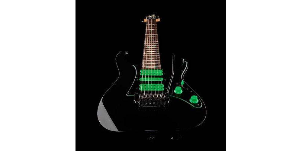 guitarra electrica ibanez uv70p bk