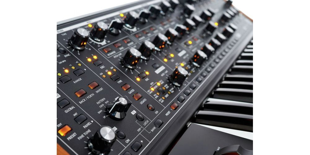 moog subsequent 37 knobs