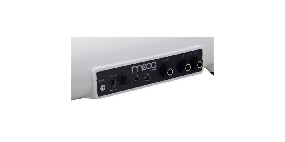 conexiones moog theremini