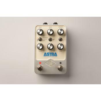 Universal Audio Astra Modulation Machine Pedal de Efectos