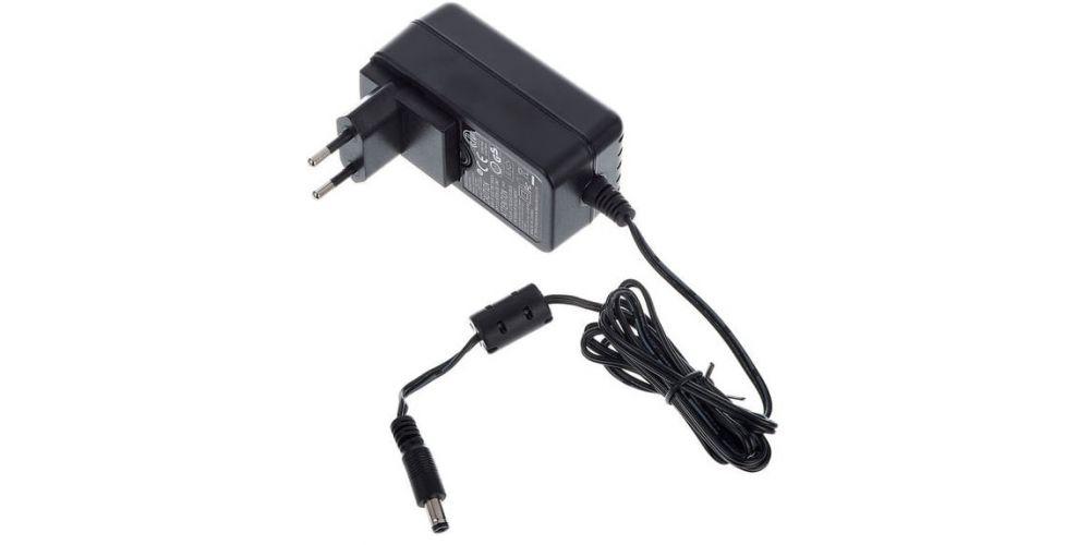 alimentador focusrite Clarett 4Pre USB