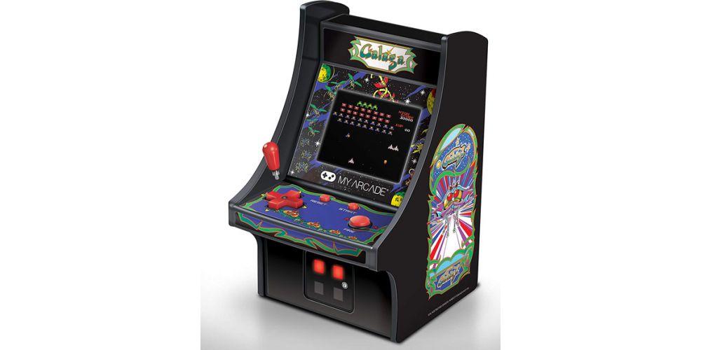 micro player galaga