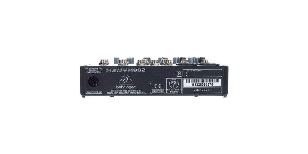 BEHRINGER 802 XENYX Mezclador para Directo Behringer XENIX-802 Und.