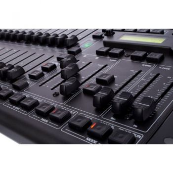 behringer lc2412 controles