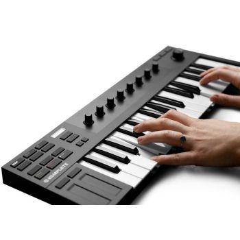 KOMPLETE KONTROL M32 Teclado MIDI 32 teclas