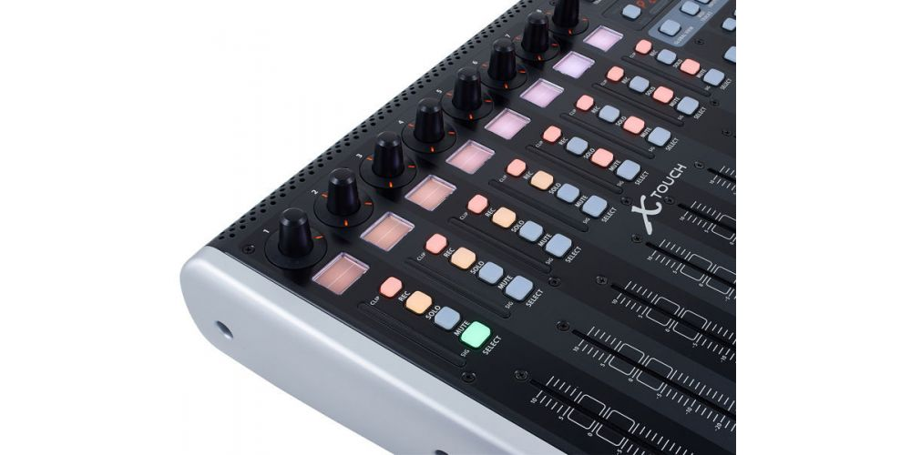 BEHRINGER X TOUCH CONTROLES