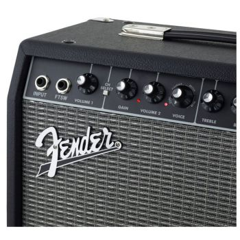 Fender Champion 40 Amplificador