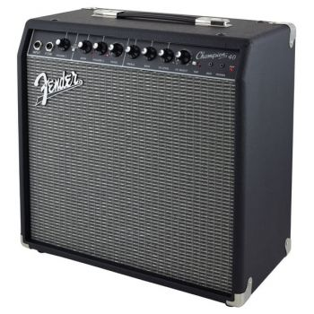 Fender Champion 40 Amplificador ( REACONDICIONADO )