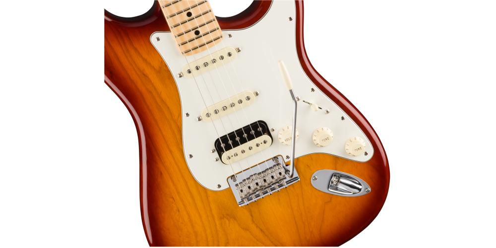 Fender AM Pro Strat Ash HSS MN SSB tremolo